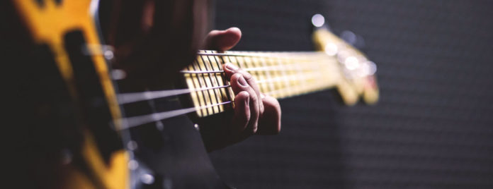 Historia gitary basowej