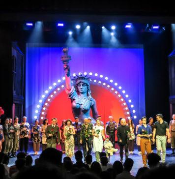 """Ukłony po spektaklu """"Miss Saigon"""" w TM w Łodzi w dniu 12.06.2019. Fot. Dorota Jurek"""