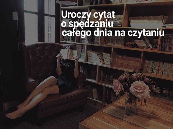 Kobieta siedząca na fotelu zasłania twarz książą. Za nią stoi regał, a na nim książki. Na tym tle napis