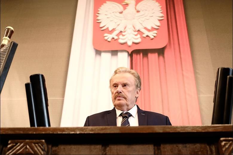 """Kadr z filmu """"Polityka"""" Patryka Vegi. Źródło: materiały prasowe"""